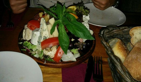 Trabuxu Bistro: Platter for two