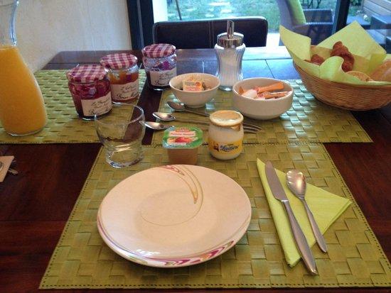 Le Clos d'Arduenna: Petit déjeuner!
