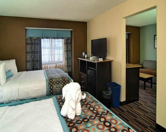 Best Western Plus Elizabeth City Inn & Suites: Our spacious, comfortable rooms are stylishly decorated.
