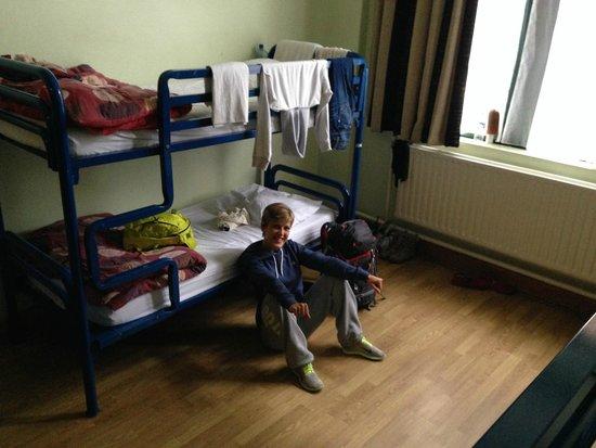 Jacobs Inn Hostel: 10 people Room (0 floor)