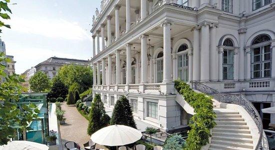 Palais Coburg Hotel Residenz: .