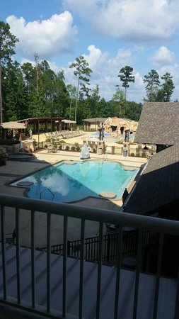 Auburn Marriott Opelika Hotel & Conference Center at Grand National: Pool area