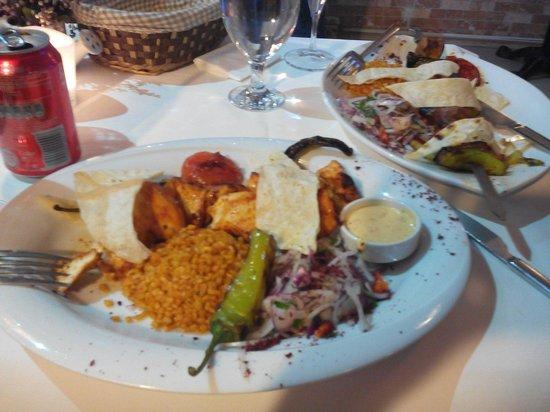 Fuego Restaurant: Sishi pollo y ternera