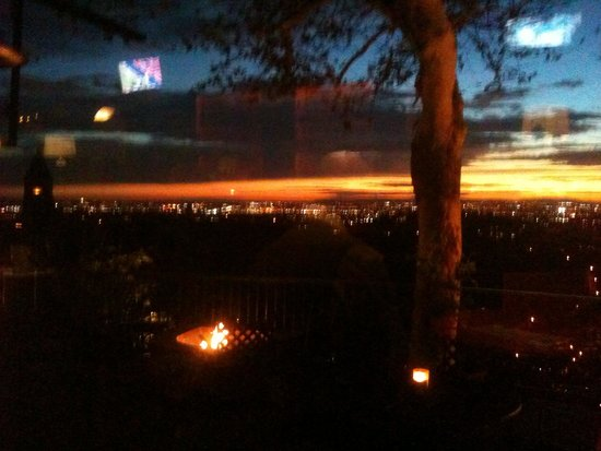 Orange Hill Restaurant: Room with a view