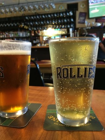 Rollie's Bar and Grill: Cider