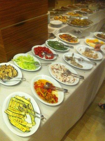 Virgilio Grand Hotel: Gran buffet