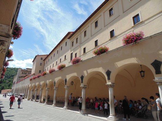Cascia, Italia: ALA DEL MONASTERO (esterno)