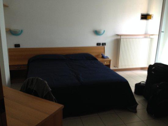 Residence Villa Azzurra: Camera