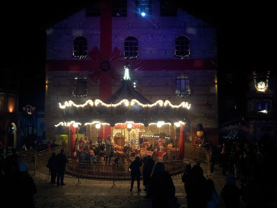 """Trikala, اليونان: """"Fairies' Mill"""" event during Christmas"""