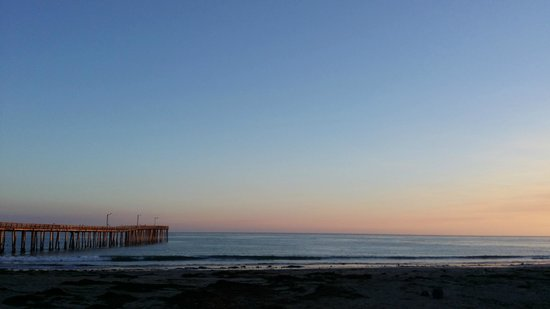 Cayucos Pier : pier at sunset 2
