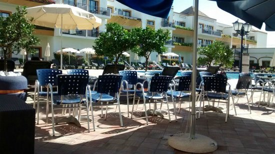 Vila Galé Tavira: Lovely clean and well protected pool area