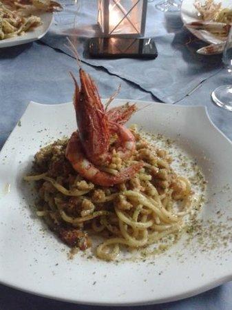 La Rotonda sul Mare: spaghetti con gambero rosa