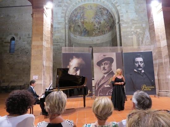 Puccini e la sua Lucca International Permanent Festival : sopraan 2