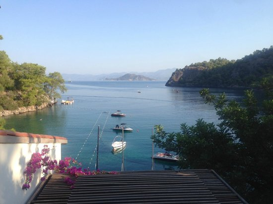 Hillside Beach Club: A view from our bedroom (Not bad is it?)