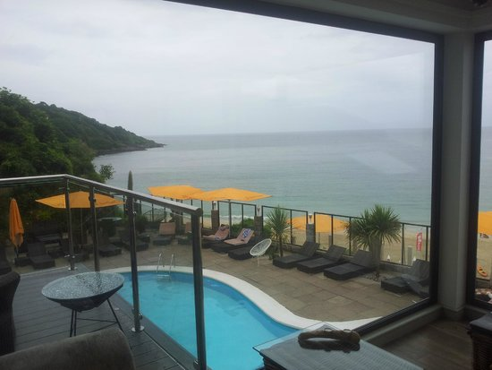 Carbis Bay Hotel & Estate: middle-deck area round pool (there are lower and upper )