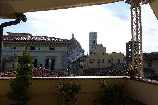 Hotel Laurus al Duomo : Terrazza per la colazone