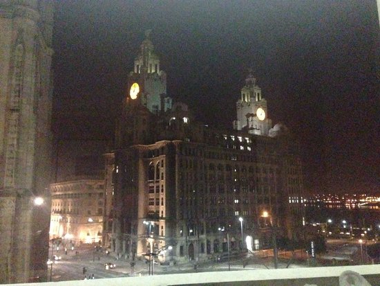 Mercure Liverpool Atlantic Tower Hotel : View from my room at night