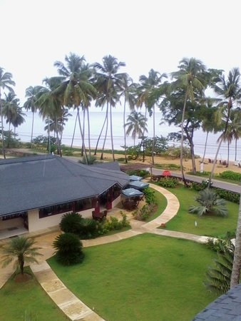 Hotel Alisei: Vista a la playa