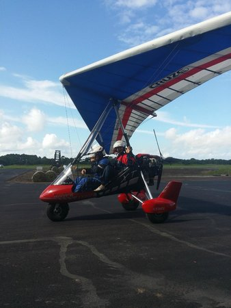 Hang Glide USA: Powered trike hangliding