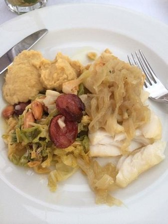 Atlantic: baked cod with chickpes.