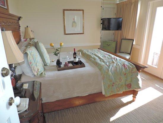 Henderson Park Inn: room 302