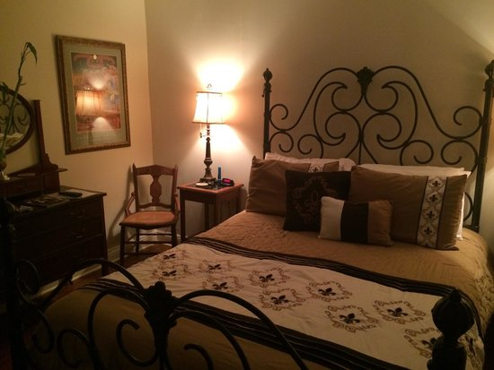 The New Orleans Jazz Quarters : Connick second bedroom