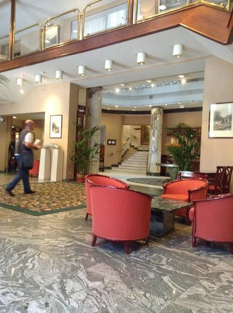 Bedford Hotel & Congress Centre: Hotel foyer