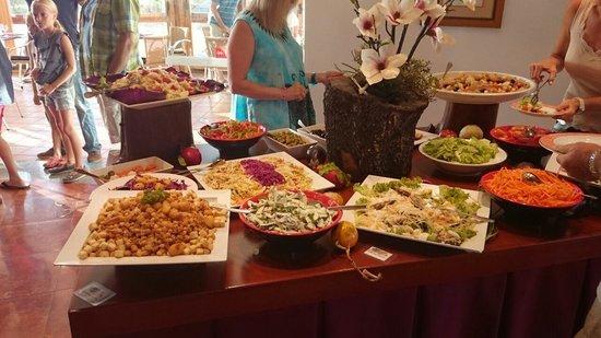 Clube Porto Mos: Kaltanteil Abendbuffet