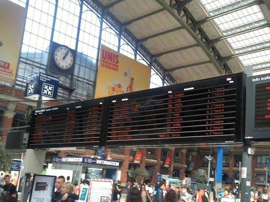 Gare Lille Flandres : Annonce des trains
