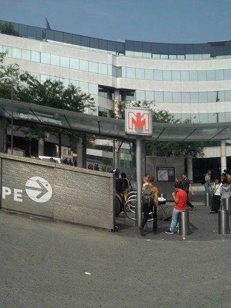 Métro - Photo de Gare Lille Flandres, Lille - TripAdvisor