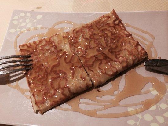 Aux Trois Gourmands: Semplice crêpes al miele.