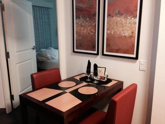 Residence Inn Sebring : living room