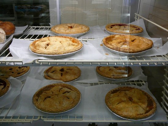 Mrs. Rowe's Restaurant and Bakery: Pies