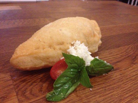 Pizzarium: Panzerotti fritti
