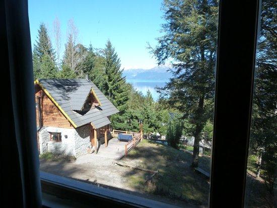 Cabanas Paisaje Bandurrias : Vista desde la cocina - estar de la cabaña