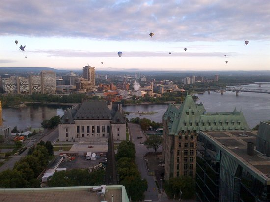 Ottawa Marriott Hotel : View from our Room