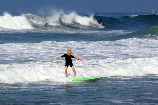 Surfin Fire Surf School: First weekend ever surfing
