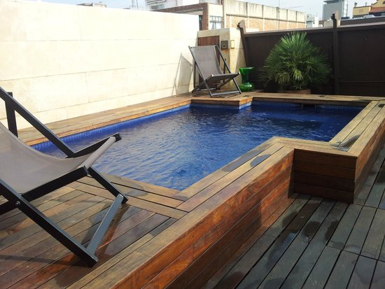 piccola piscina in terrazzo - Picture of Hotel Granados 83 ...