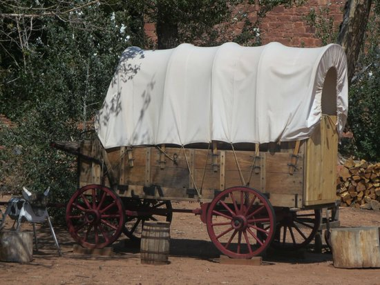 Pipe Spring National Monument: covered wagon