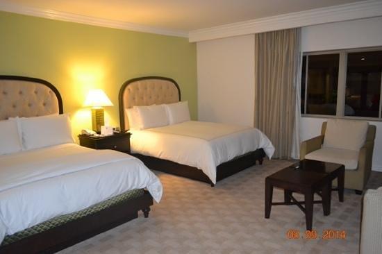Huntley Santa Monica Beach: our room
