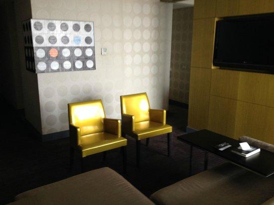 W Santiago: Living Room Suite