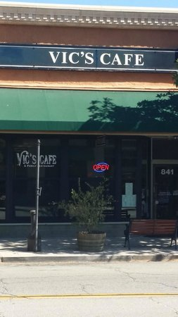Vic S Cafe Paso Robles Ca