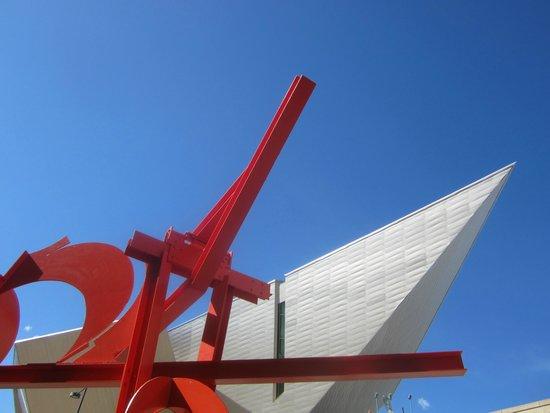 Denver Art Museum : Architecture and Sculture details