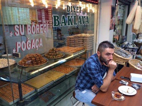 Delicious Istanbul: Baklava