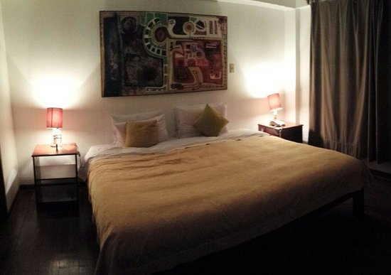 Casa de Baraybar: Habitación doble con cama de matrimonio enorme!!