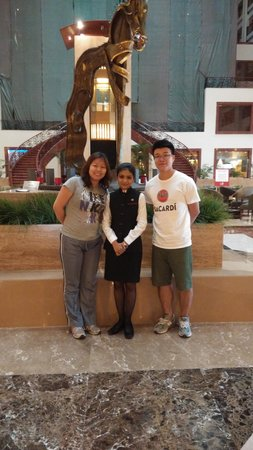 24/7 Restaurant - The Lalit Mumbai : photo with the cute girl
