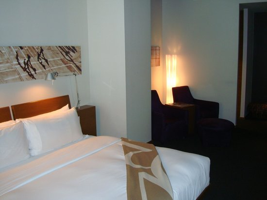 Hotel Le Germain Calgary: Another bedroom photo