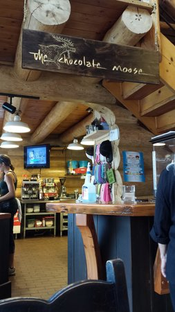 The Chocolate Moose: Bustling lunch spot