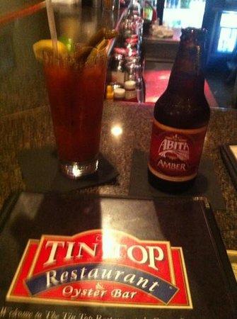 Tin Top Restaurant & Oyster Bar: Tin Top in Bon Secour