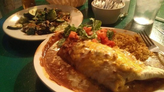 Ranchos Plaza Grill : Beef burrito and side of sauteed veggies.